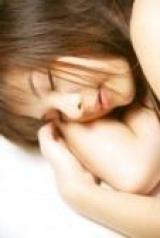 Звичка спати в шкарпетках: шкідливо чи корисно?